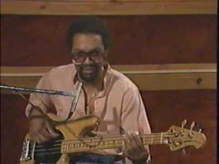 Louis Johnson et la ligne de basse de Billie Jean Louis_10