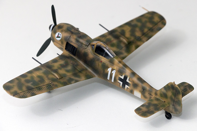 1/72nd Fw-190's and Airfix P-40 1071_f10