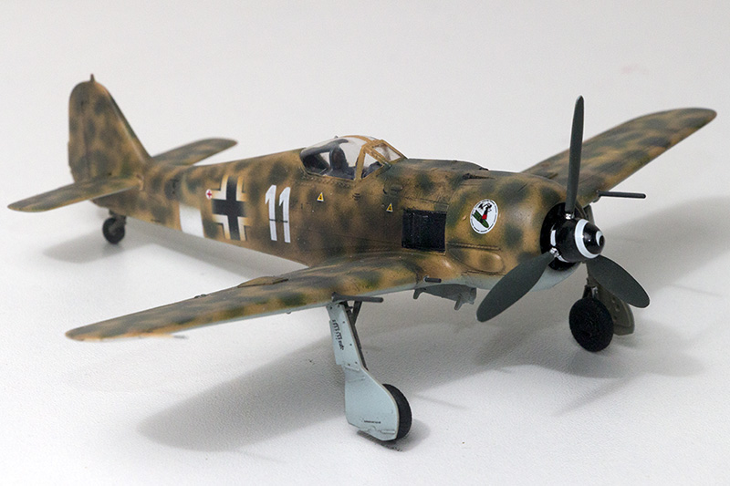 1/72nd Fw-190's and Airfix P-40 1073_f10