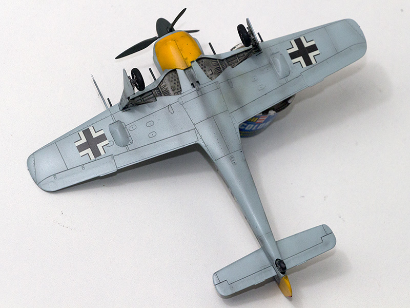 1/72nd Fw-190's and Airfix P-40 1080_f10