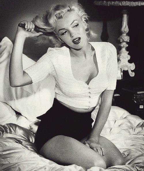 Marilyn Monroe - Page 6 2fkmj_10