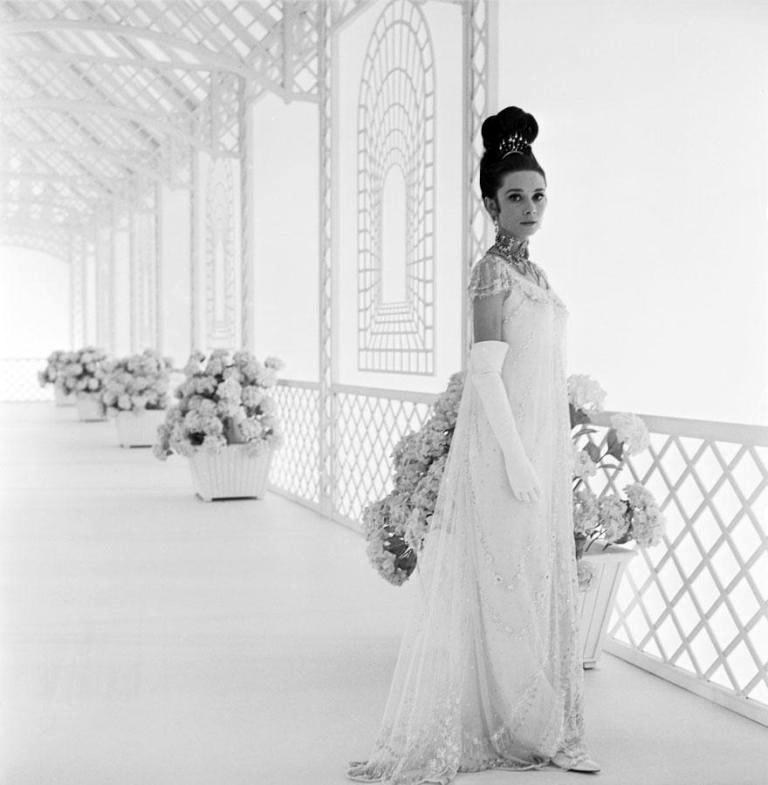 Audrey Hepburn  Bosntt10