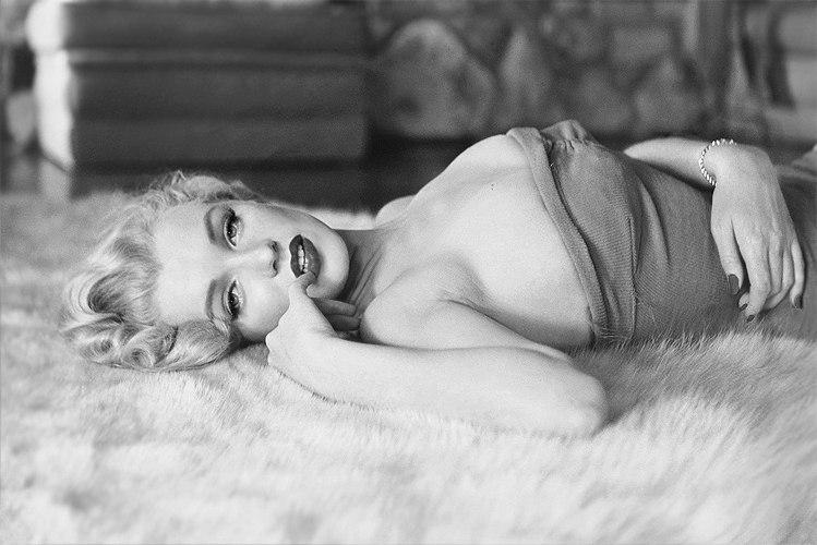 Marilyn Monroe - Page 6 Pqbhbj10