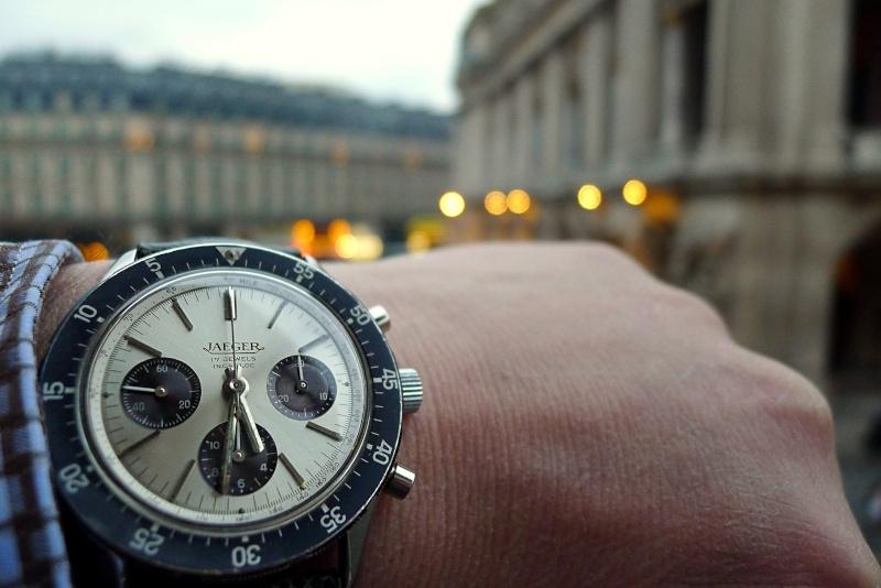Des montres dans la ville P1000211