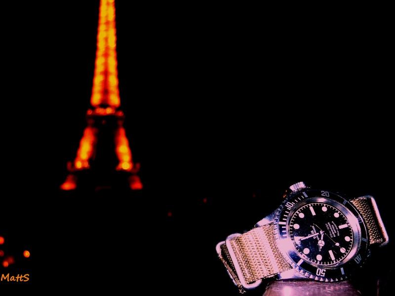 Des montres dans la ville Tourei10