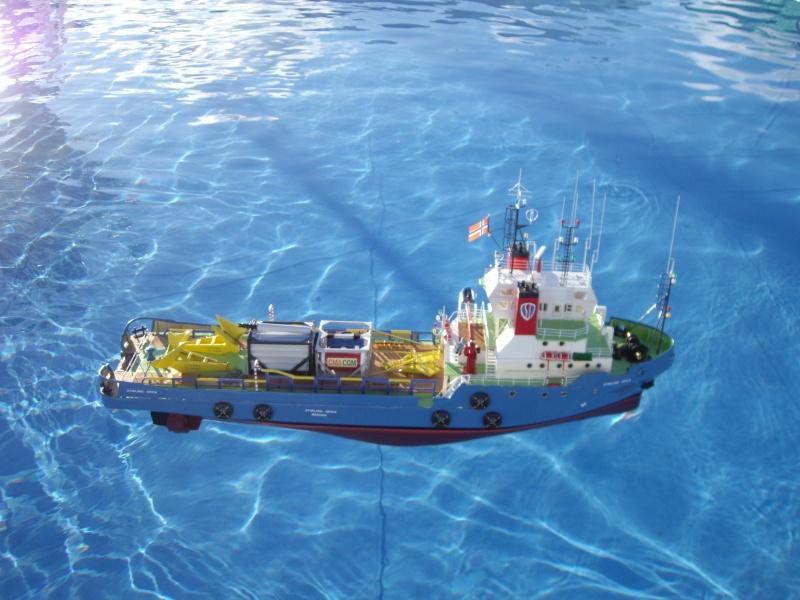 Ravitailleur de plate-forme pétrolière. 11710