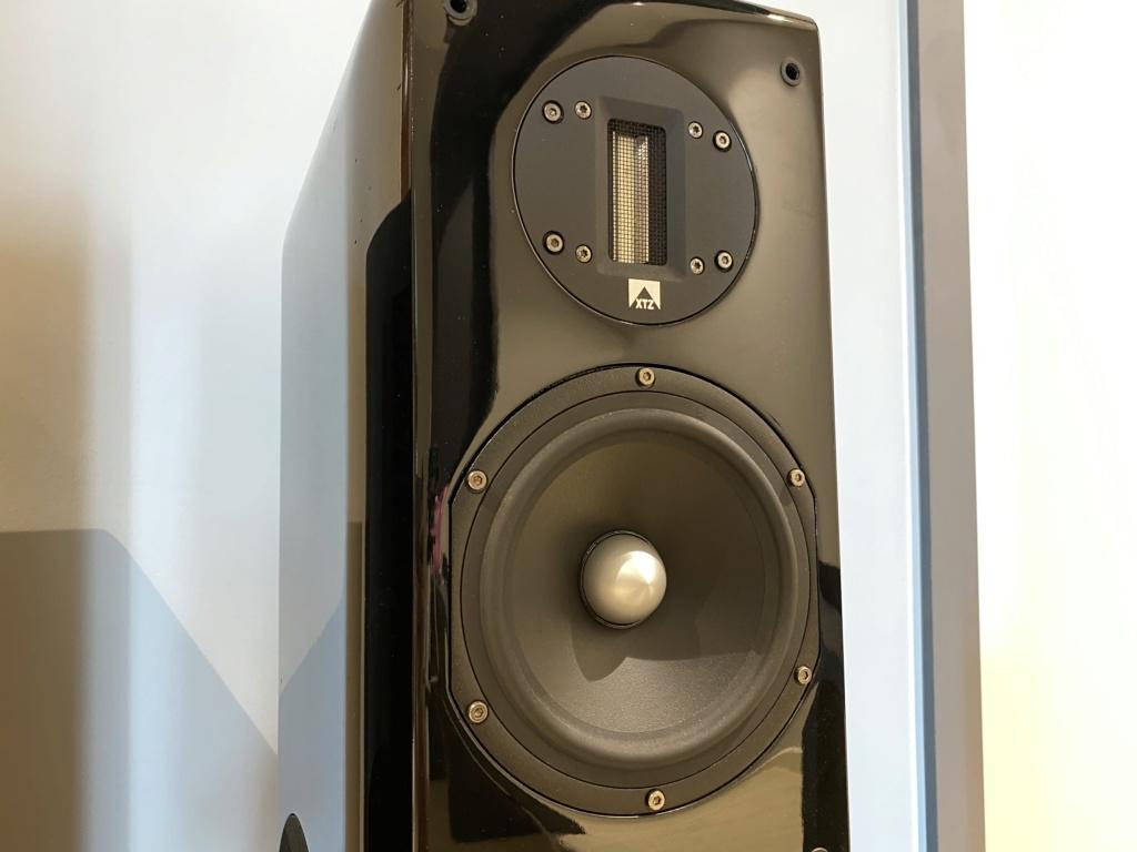 XTZ 99.38 MKII 3-Way Floor Stand Loudspeaker (RM4500) Img_8210
