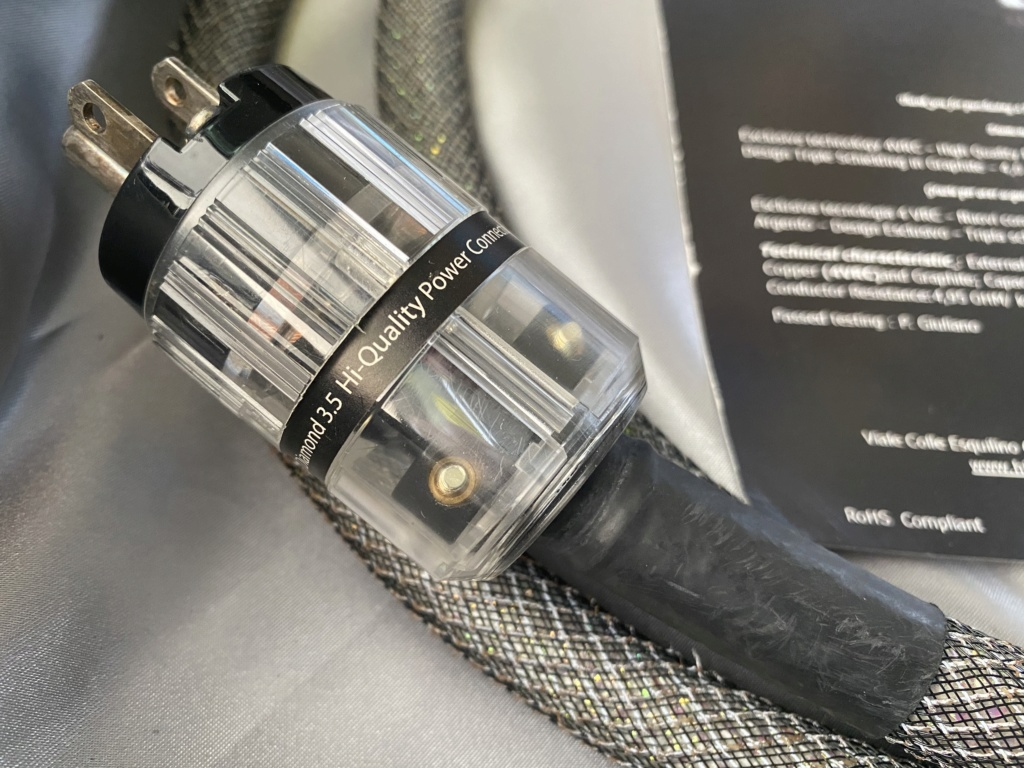 HiDiamond P3.5 US Power Cord(2M) Price Reduced Img_9019