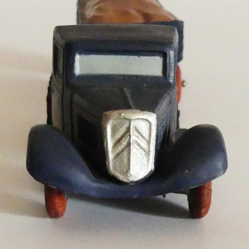 """Citroën, les jouets : """"Tant pis pour l'exactitude"""" 0710"""