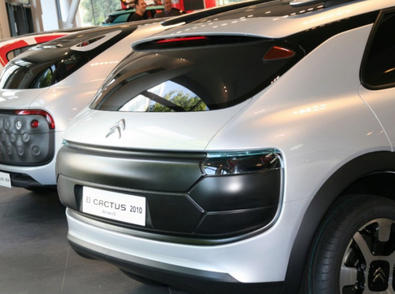 """""""Les Citroën C4 Cactus ne naissent pas dans les choux ni dans les roses.""""  1-c4_c10"""