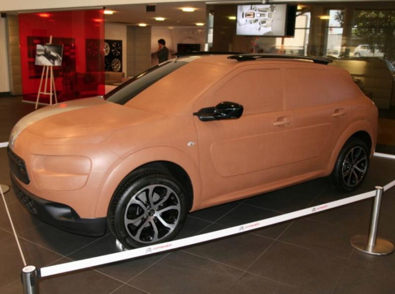 """""""Les Citroën C4 Cactus ne naissent pas dans les choux ni dans les roses.""""  18-c4_10"""