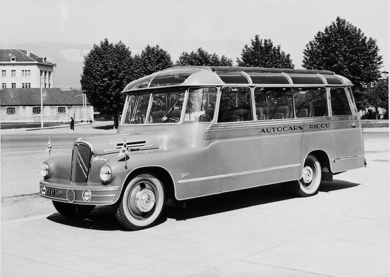 Citroën Autocar U23 de 1948 carrossé par Belle-Clot 2848ty10