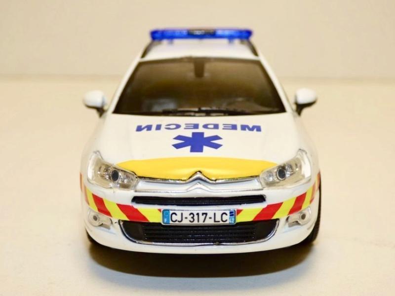 """Citroën miniatures > """"Ambulances, transports de blessés et assistance d'urgence aux victimes"""" Citroe14"""