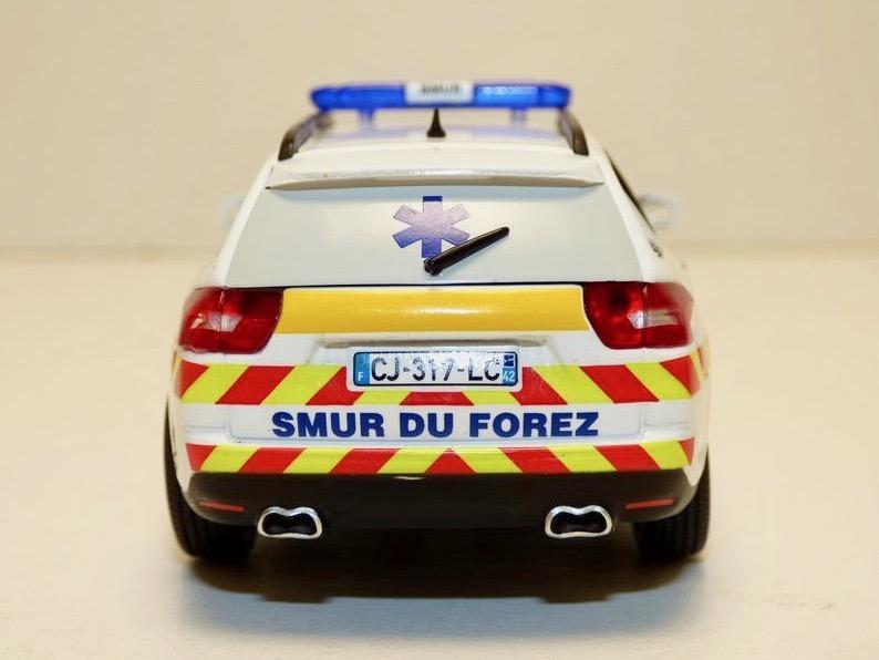 """Citroën miniatures > """"Ambulances, transports de blessés et assistance d'urgence aux victimes"""" Citroe17"""