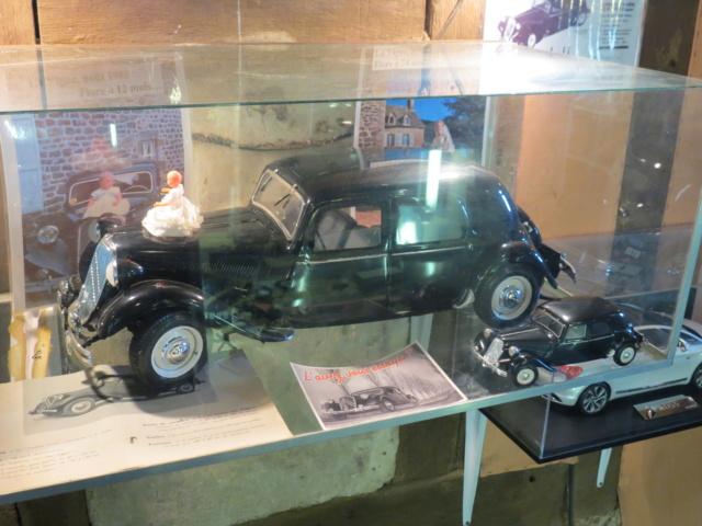 CANTAL > Château de la Vigne et son Salon de l'Auto Miniature Img_2130