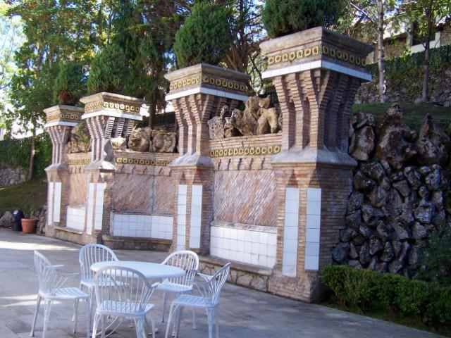 MONUMENTS D'HIER ET D'AUJOURD'HUI - Page 2 100_8627