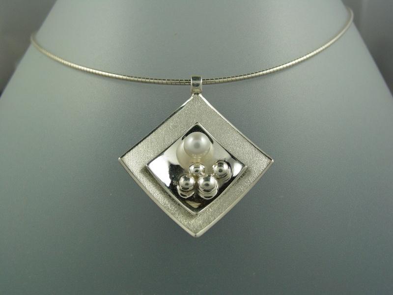 Collier argent perle de culture Dsc01014