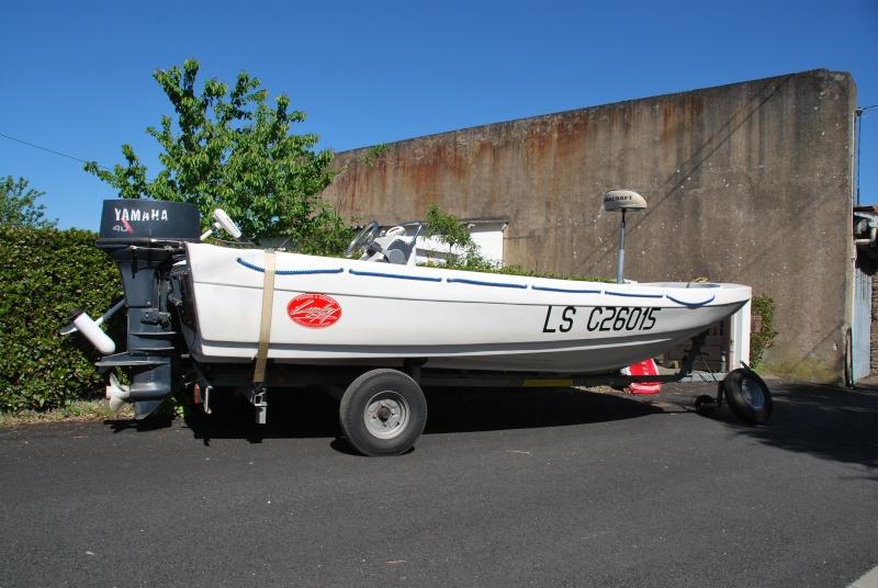 Fun Yak 450 convertible bass boat/mer. Dsc_1310