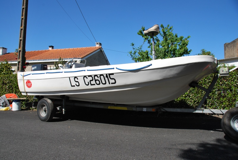 Fun Yak 450 convertible bass boat/mer. Dsc_1317