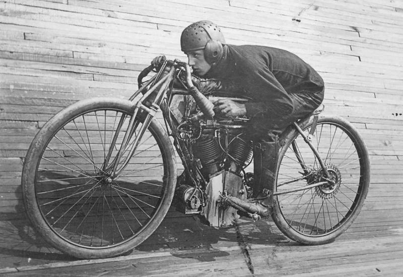 Harley-Davidson – Peashooter - 21.35ci (350 cc)  - Page 21 The_sp10