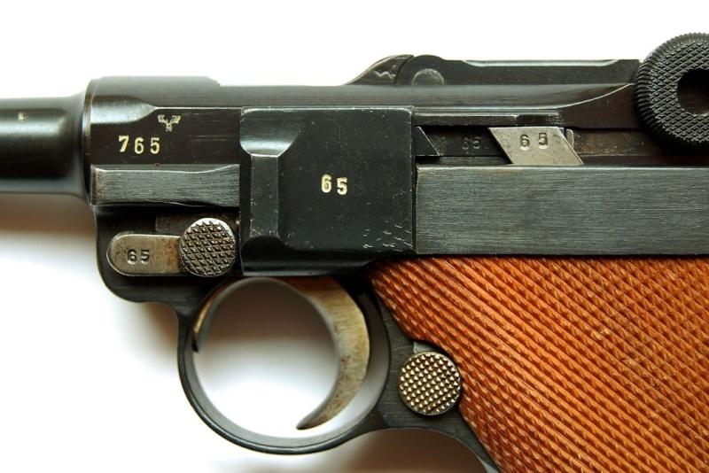 """Un rare Luger Mauser commercial """"banner"""", daté 42. Mauser11"""