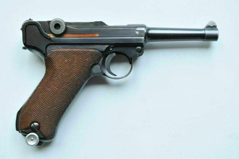 """Un rare Luger Mauser commercial """"banner"""", daté 42. Mauser14"""