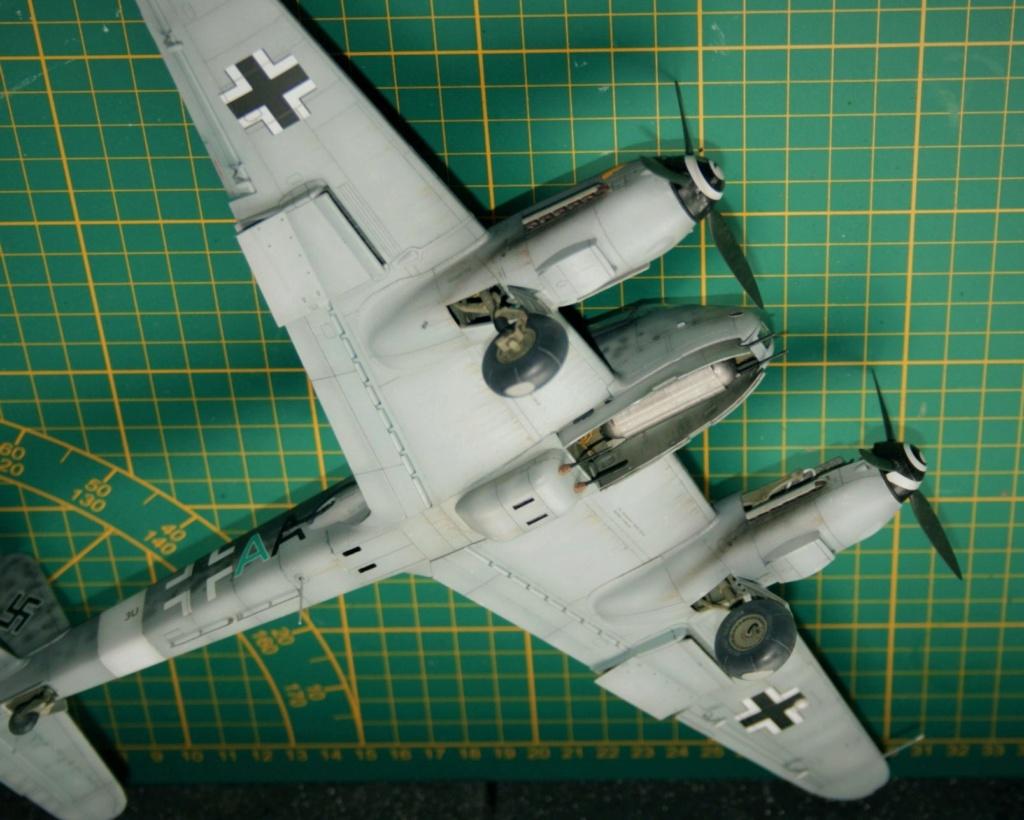 Messerschmitt Me 410B-2/U2/R4 (MENG 1/48) - Page 10 412