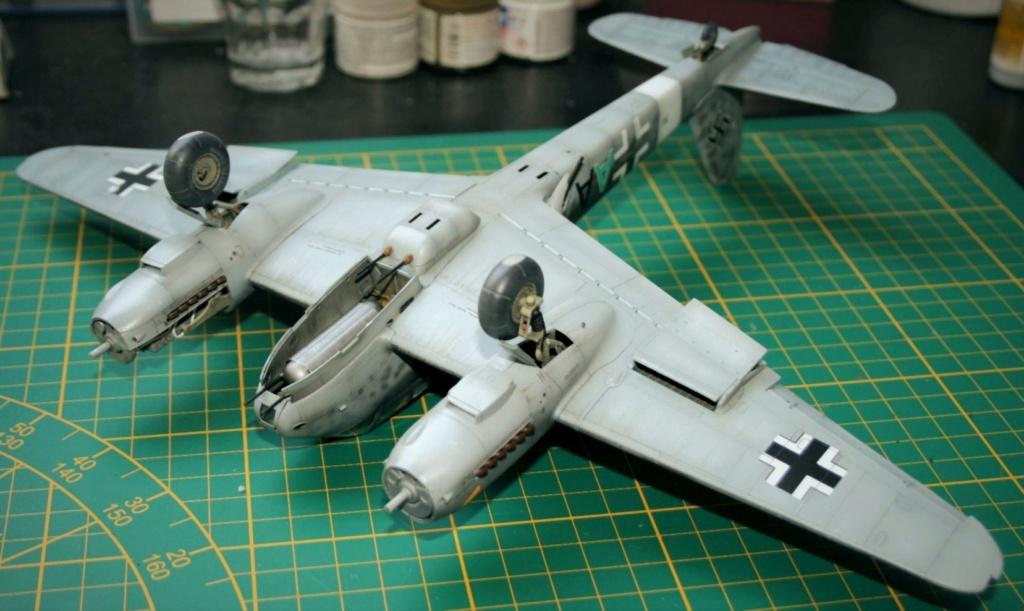 """Messerschmitt Me410B-2/U2/R4 """"Hornisse"""" (MENG 1/48) - Page 19 Img_0410"""