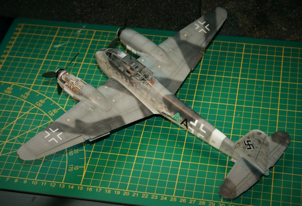 Messerschmitt Me 410B-2/U2/R4 (MENG 1/48) - Page 10 Img_0611