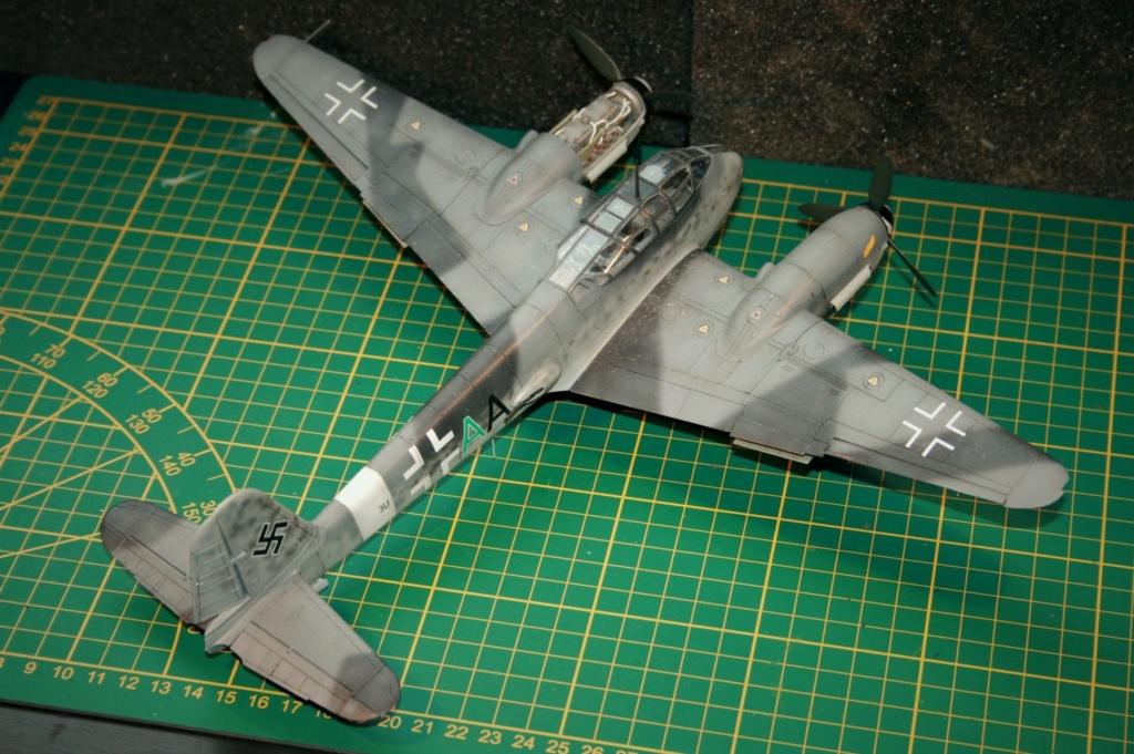 Messerschmitt Me 410B-2/U2/R4 (MENG 1/48) - Page 10 Img_0614