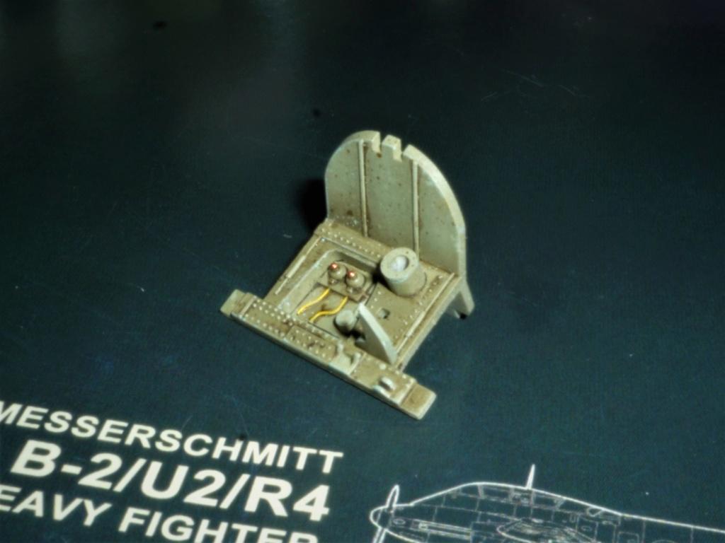 """Messerschmitt Me410B-2/U2/R4 """"Hornisse"""" (MENG 1/48) - Page 12 P1110120"""