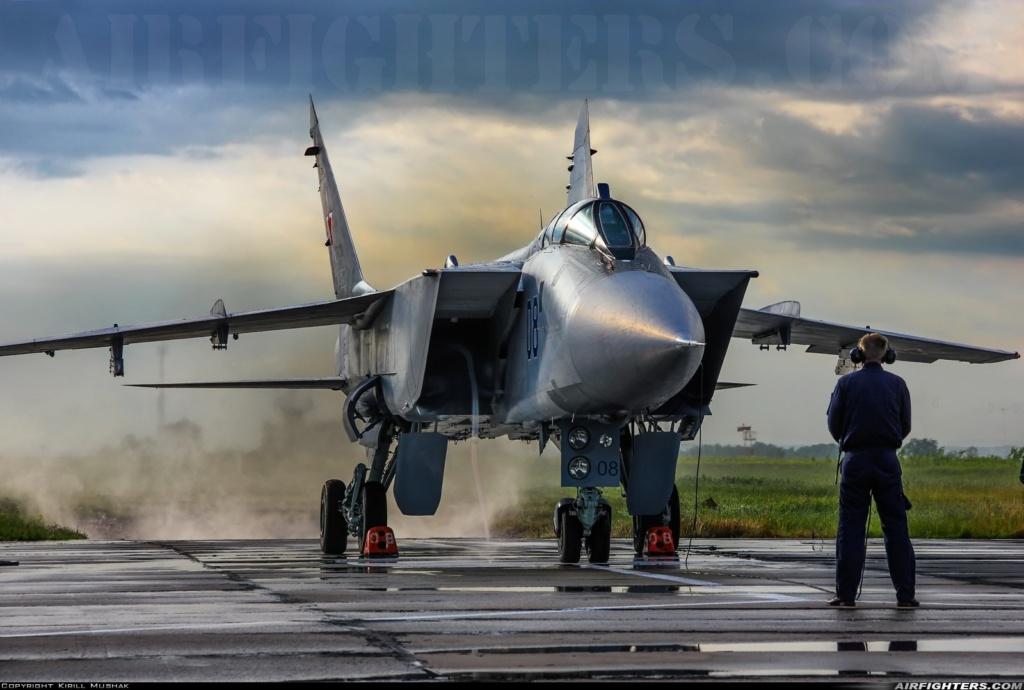 """Mikoyan-Gurevitch MiG-31 BM/BSM """"Foxhound"""" (AMK 1/48) Photo_10"""