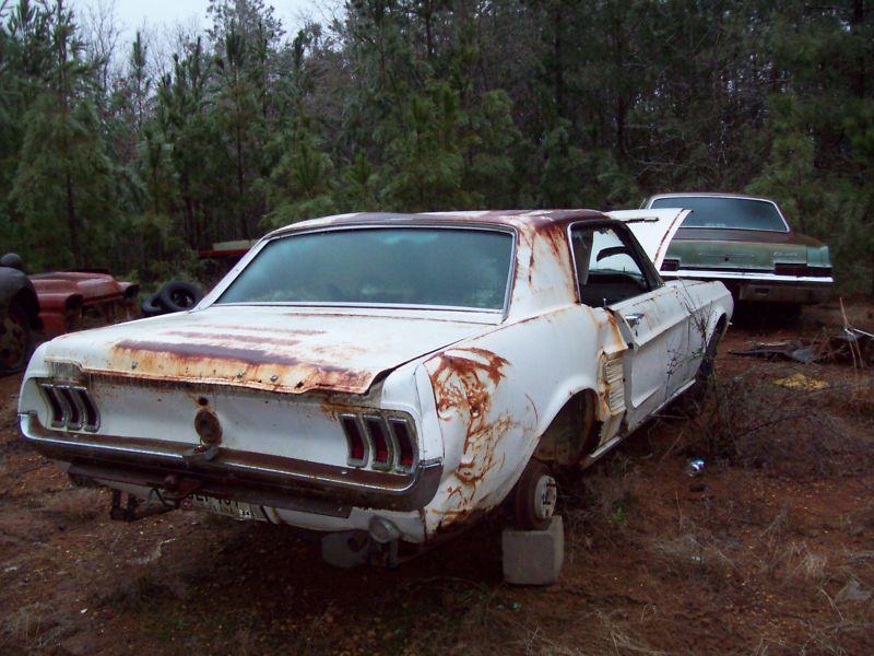 D'autre photos d'épave de Mustang 1967 1968 Kgrhqr10
