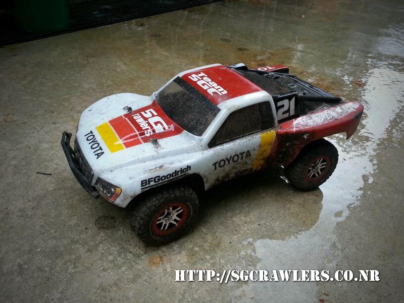toyota - Boolean21's Traxxas Slash 4x4 Platinum Edition - Ivan Stewart Toyota Theme paint work 20130249