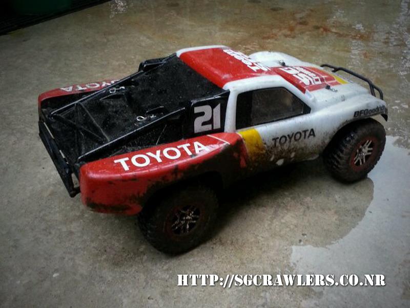 toyota - Boolean21's Traxxas Slash 4x4 Platinum Edition - Ivan Stewart Toyota Theme paint work 20130252