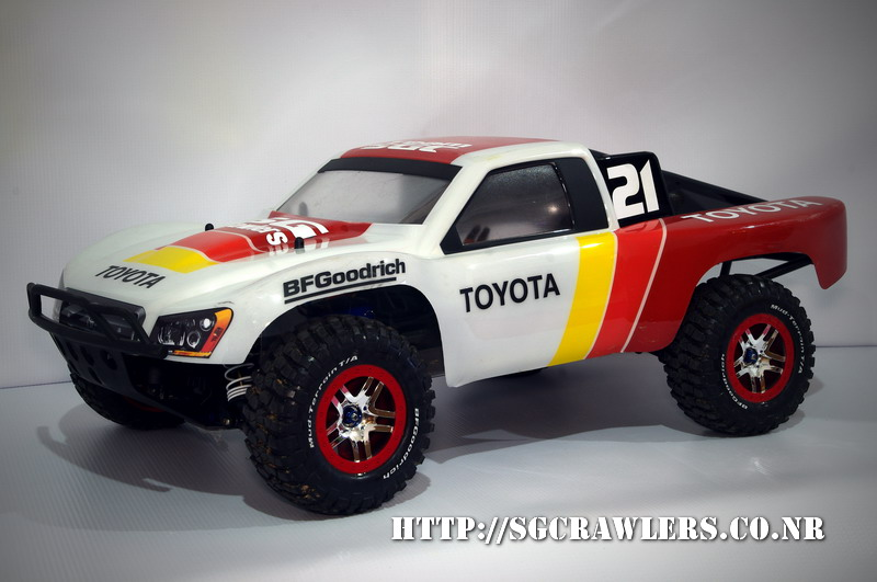 toyota - Boolean21's Traxxas Slash 4x4 Platinum Edition - Ivan Stewart Toyota Theme paint work Imgp9114
