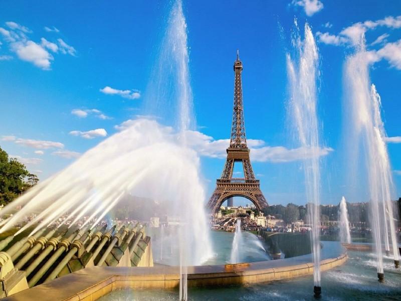 عمل مشهور للبيانو بعنوان (العاب الماء)Jeux dEau  من مؤلفات موريس رافيل Founta10