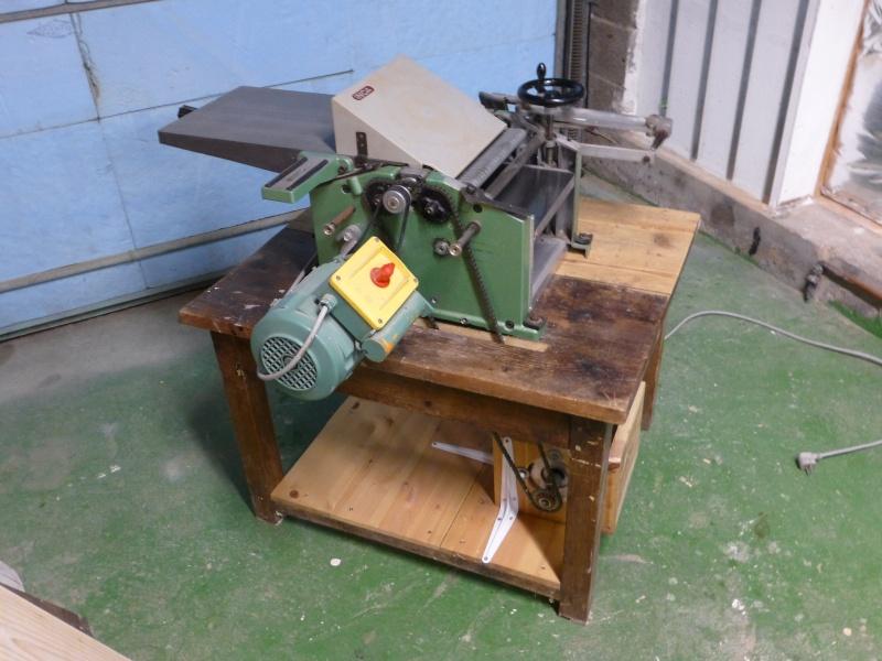 Modification du système d'entrainement du bois sur rabot/dégau P1000210