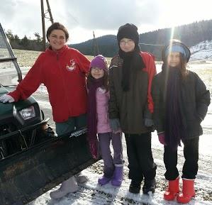 Tr:Notre séjour féerique parmi les rennes et les chiens de traineau...... - Page 2 20121244