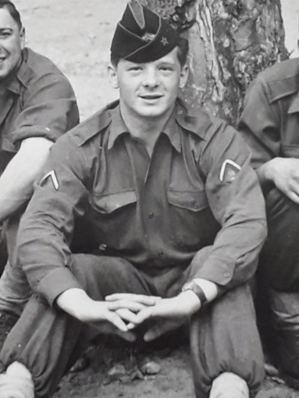 Engins et militaire français à identifier...1950 ? Foto1010