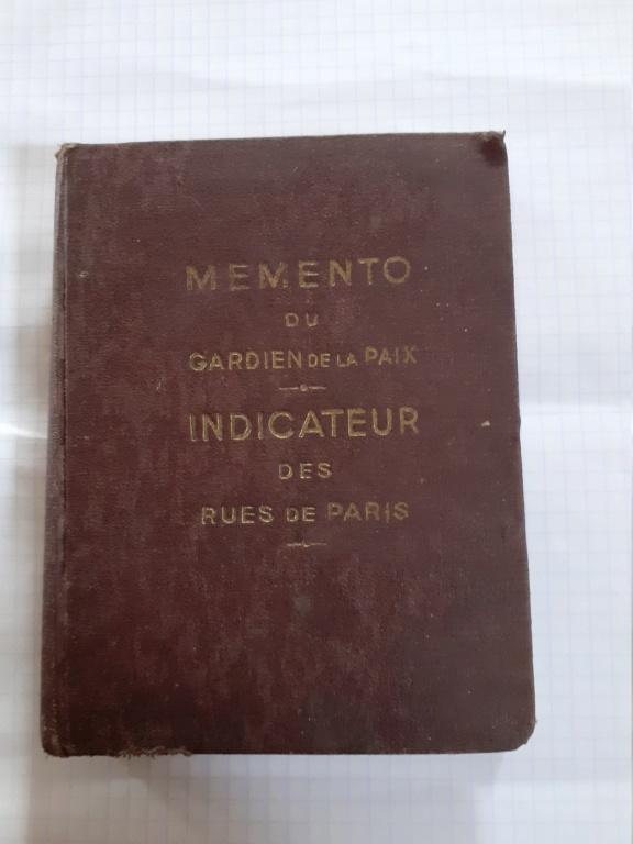 Memento Gardien de la Paix parisien ...1935 Pn110