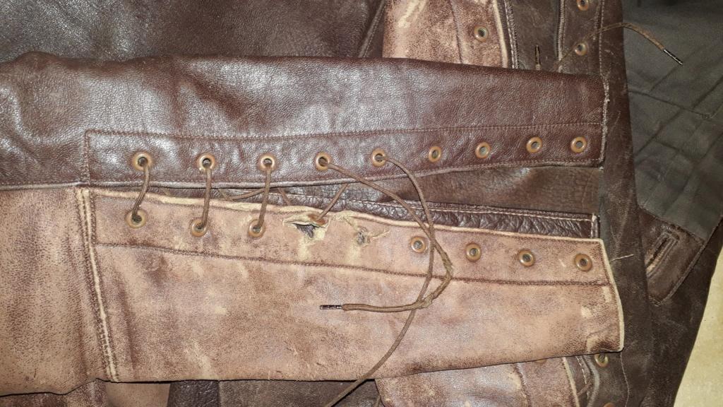 Pantalon cuir civil ou militaire ? Trous111