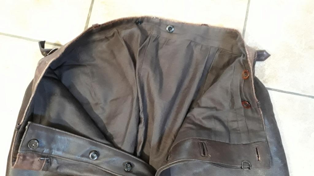 Pantalon cuir civil ou militaire ? Trous211
