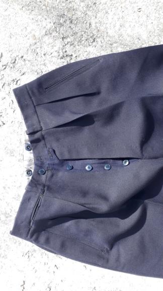 Avis sur pantalon civil ou militaire ... Trous310