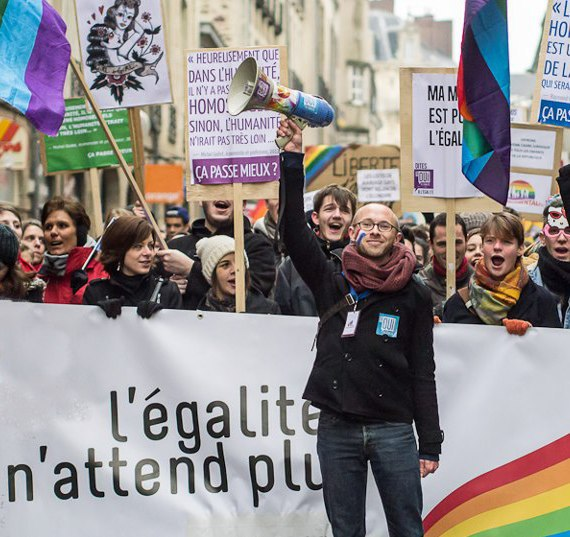 [GX1] Manif Gay Rennes Dreama11