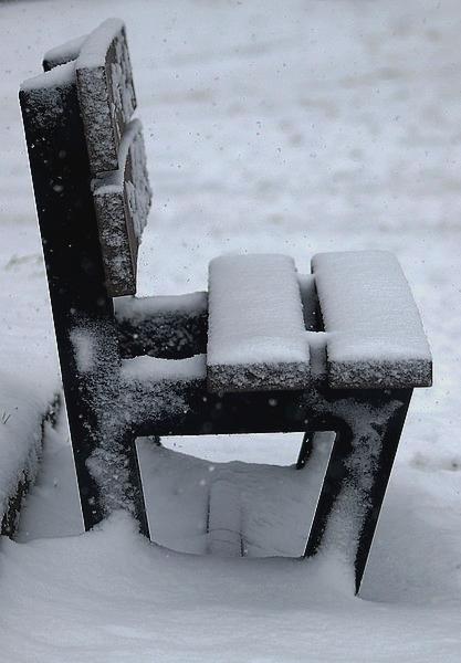 Petits bancs sous la neige P1158411