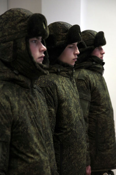 Russian Military Uniforms and Clothing - Page 2 1712_212