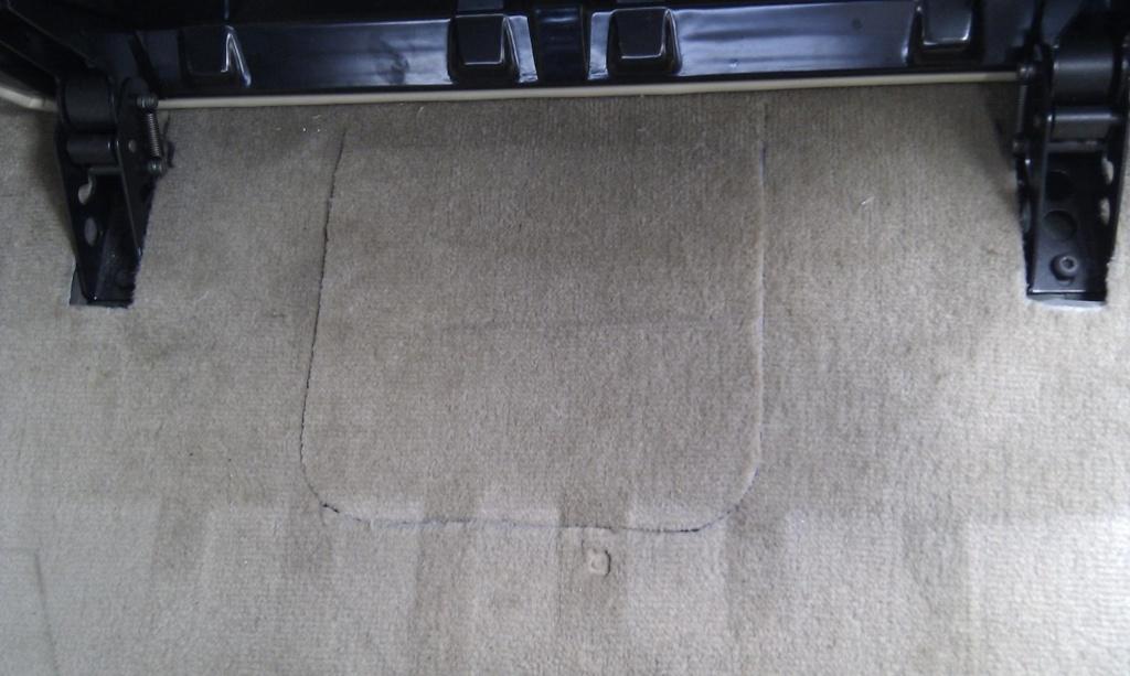 tuto decoupe plancher pour remplacement pompe de gavage  Imag0011