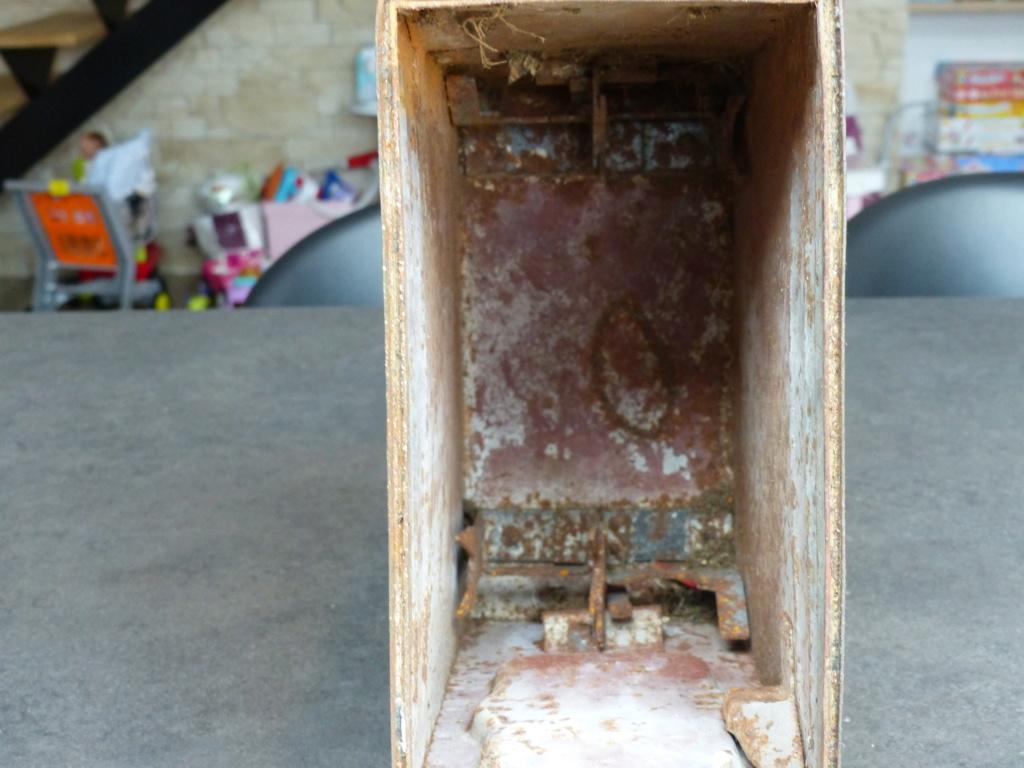 mes caisses allemandes ww2  (métal) - Page 2 P1030835