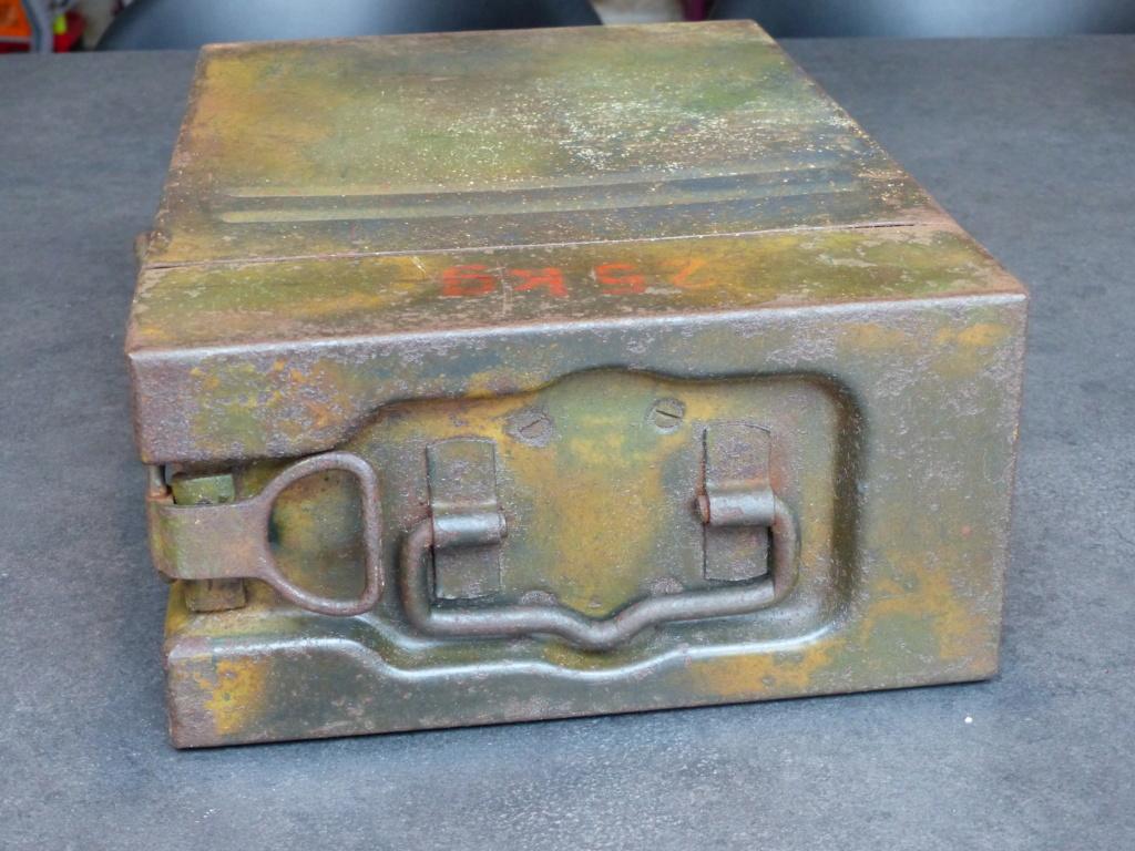 mes caisses allemandes ww2  (métal) - Page 2 P1030836